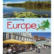 Introducing Europe (Young Explorer: Introducing Continents)-ExLibrary