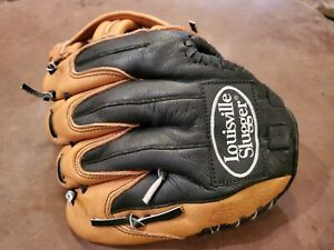 "Baseball Glove, Louisville Slugger, SRK1050, 10.5"", RHT, Excellent Condition"