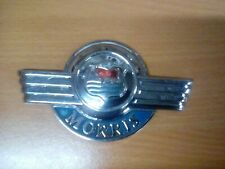 Morris Badge 737873 EARLY TYPE WITH Bull.   Good colours ,great chrome