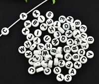 2600 Mix Weiß Buchstaben A-Z Rund Acrylperlen Beads Flach zum Basteln 7mm L/P