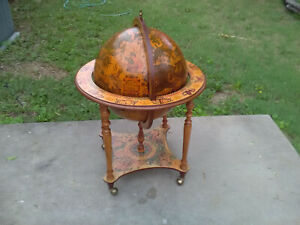 Wood Zodiac World Globe Mini Bar with casters excellent condition
