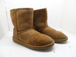Ugg Australia Girls 5251Y Classic Short Sheepskin Boots Chestnut Youth Size 6M