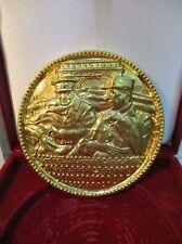 """Médaille commémorative """" De Gaulle / Churchill """" bronze dorée à l'or pur"""
