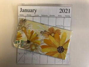 1-2021-2022  WATERCOLOR YELLOW FLOWERS 2 Year  Pocket Calendar planner