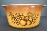 Pyrex Old Orchard Brown 473 1 qt Casserole Dish Ovenware Retro Fruit