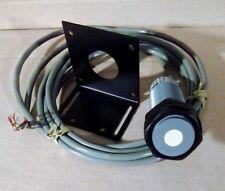 **NEW**Massa M-5000/220 ULTRASONIC SENSOR, 12-28VDC Target Detection: 4''-40''