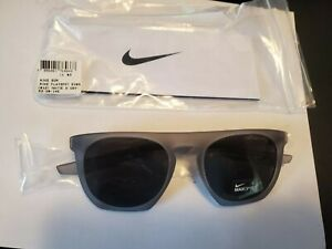 NEW NIKE FLATSPOT EV0923 COLOR 012 MATTE WOLF GREY Sunglasses PERFECT ITALY