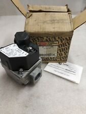 Carrier Gas Valve Replacement EF 33CW 189 Factory Authorized Parts NEW    (WW)