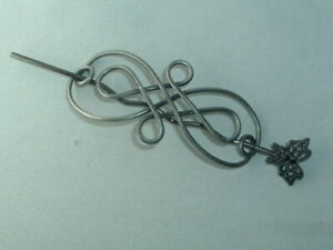 VINTAGE SILVER TONE METAL BUN HOLDER WITH BUTTERFLY STICK UP DO HAIR ACCESSORY
