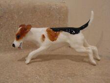 VINTAGE ROYAL DOULTON DOG FIGURINE CHARACTER SERIES FOX TERRIER RUNNING HN2510