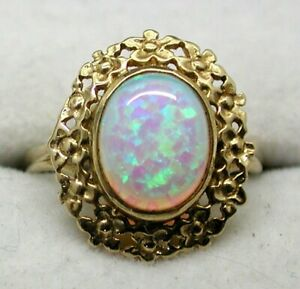 Beautiful 9 Carat Gold Colourful Opal Dress Ring Size L.1/2