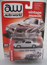 Pontiac Firebird T/A in silber  1975  auto world  1:64  OVP  NEU