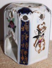 Ancienne partie basse de tisanière en porcelaine