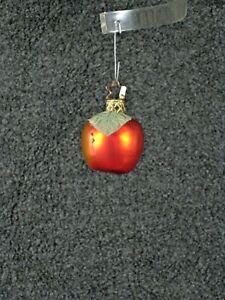 Inge Glas Ornament - Small Apple with Leaf