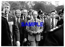 ORIGINAL PRESS PHOTO USA PRESIDENT JIMMY CARTER & CANADA'S PREMIER TRUDEAU 1977