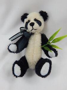 """World of Miniature Bears By Theresa Yang 4"""" Mohair Panda Bear Mu-lan #872B"""