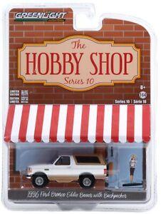 1:64 GreenLight *HOBBY SHOP 8* 1996 Ford BRONCO EDDIE BAUER EDITION w/Figure NIP