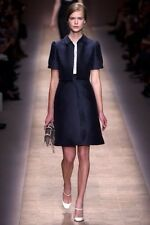 NWT RUNWAY VALENTINO  SIZE 50 ICONIC BLACK DRESS CREAM LACE COLLAR $4600 WEDDING