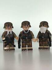WW2 Soldier Mini Figures X 3