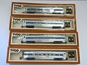 HO Scarce TYCO set 4 Chrome Lighted B&O Royal Blue Passenger Cars NEW  (271JEX)G
