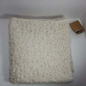 """West Elm Pillow Cover Alpaca Fur 24""""x 24"""" Set/2 Pair Beige Farmhouse Fuzzy Cozy"""