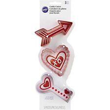 Wilton Metal Arrow Heart Key 3 Piece Cookie Cutter Set, Multicolor