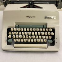 Vintage 1965 Olympia De Luxe Manual Typewriter Model SG3 Germany 15""