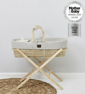 Little Green Sheep Moses Basket  With Mattress Sheets X2 And Stand