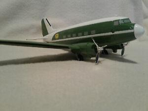 Spec-Cast 45007 John Deere DC-3 Company Airplane Bank