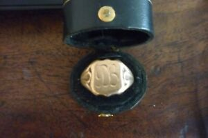 GENUINE VINTAGE ( STAMPED 9 CT RODD)  GOLD SIGNET RING