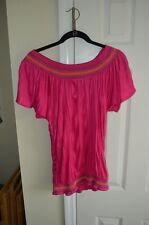 """Womens """"New Directions"""" pullover in size Medium. Pink"""