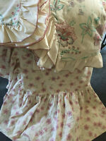 VINTAGE ASHTON&DEAN Cream Floral Ruffled Duvet Cover Pillow Valance Sheet SINGLE
