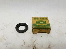 Nos Genuine John Deere Disk Hiller Seal Aa5613r 569 Carrier A20 Cultivator Bean