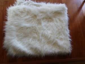 New Martha Stewart Mongolian White Faux Fur Throw 50x70