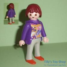 Playmobil         House - Figure - Modern Lady with short brown hair  -  NEW