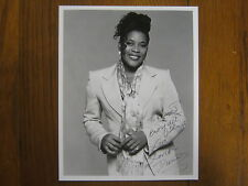 LORETTA DEVINE (BOSTON PUBLIC/GREY'S ANATOMY/ELI STONE)Signed 8 X 10 B & W Photo