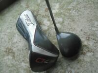 Left Hand Titleist 917 D3 8.5 Degree Driver Aldila Rogue MAX Stiff Graphite