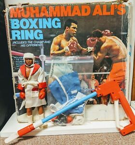 Vintage Mego Muhammad Ali Figure with Original Box (For Boxing Ring)+Accessories