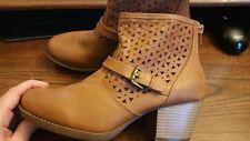 White Mt. Womens Boots Sz 8M
