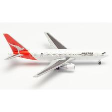 Herpa 534383 1/500 Qantas Boeing 767-200 Centenary Series