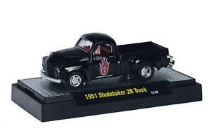 1951 Studebaker 2R Truck Noir, M2 Machines Auto Camions (21A), 1:64