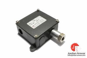 UNITED ELECTRIC J11 362 PRESSURE SWITCH
