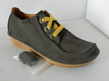 Women's Clarks Funny Dream Rounded toe Lace-up Shoes in Grey size UK 4