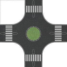 Busch HO Roundabout Road 300x300mm