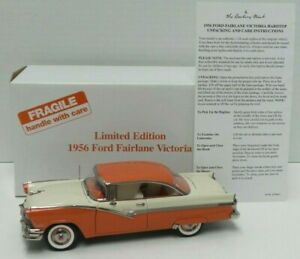 The Danbury Mint 1956 Limited Edition Ford Fairlane Victoria 1:24 Diecast - A672