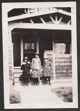 VINTAGE 1920-23 MILLER PLACE NEW YORK SCHOOL GIRLS FASHION HATS COATS OLD PHOTO