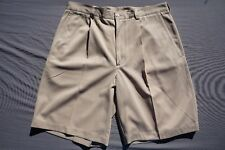Nike Dri-Fit Pleated Polyester Casual Golf Shorts. Beige, Men's Size 34. GUC!!