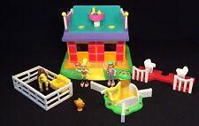 Polly Pocket Mini 💛 1998 Polly Pocket Pony Ride-Action Park (1)