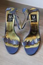 Sandales Elegantes Vintage Emanuel Ungaro Parallèle Paris cuir bleu taille 37,5