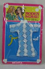 Barbie sized fashion Moden Schau clone fashion blue dress with shoes NRFB